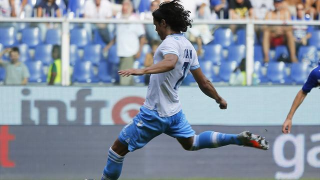 Liga - Cavani in dark about Atletico switch