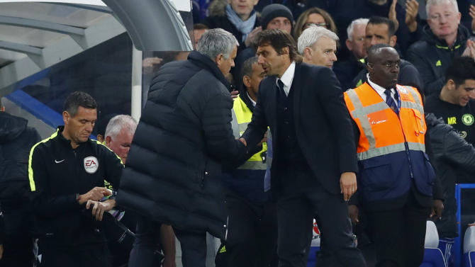 Chelsea manager Antonio Conte and Manchester United manager Jose Mourinho at the end of the match