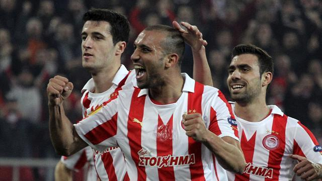 World Football - Leaders Olympiakos held to 2-2 draw in Athens derby