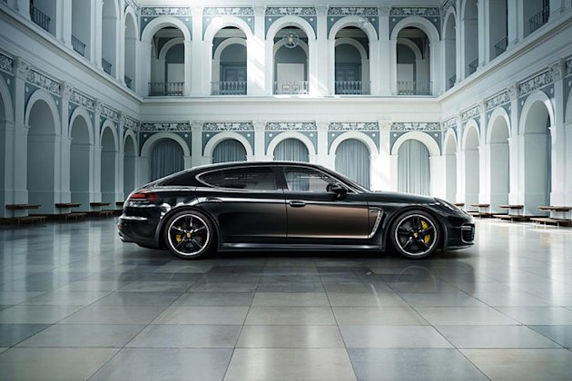 exclusive porsche panamera photos