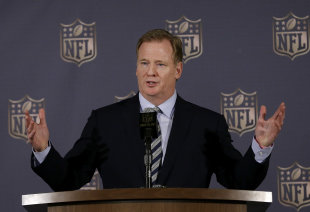 NFL commish Roger Goodell will decide whether to uphold Tom Brady's four-game suspension. (AP)