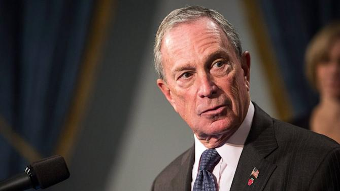 Young Smokers Top NYC Mayor Mike Bloomberg's List of Dislikes