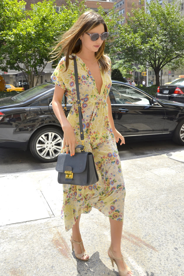 Miranda Kerr in summery dress