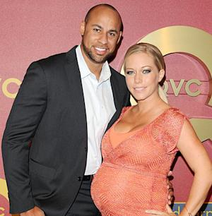 "Kendra Wilkinson Gives Birth to Baby Girl, Hank Baskett Is ""So Happy"""