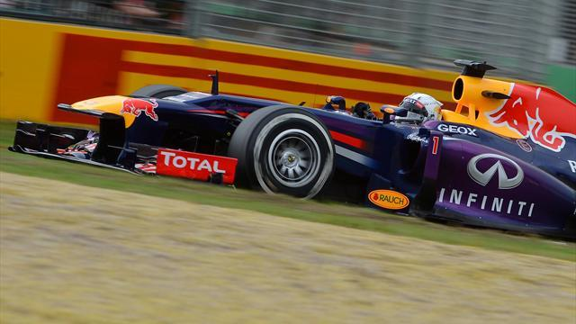 Formula 1 - Red Bull lock out front row in Australia, Hamilton third