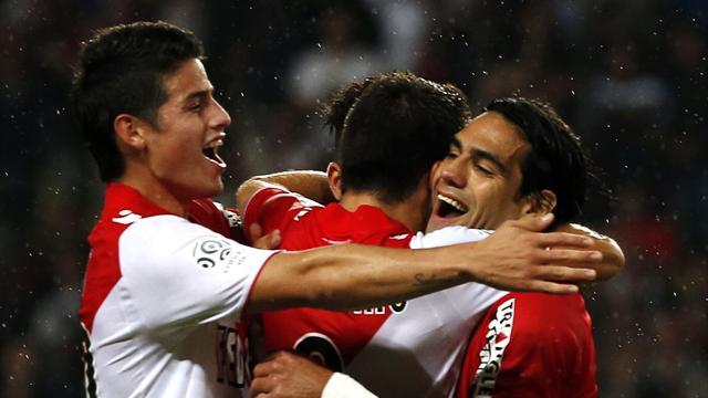 Ligue 1 - Falcao brace keeps Monaco firmly on top