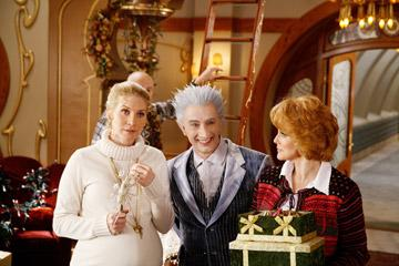 Elizabeth Mitchell , Martin Short and Ann-Margret in Disney's The Santa Clause 3: The Escape Clause
