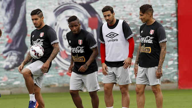 Peru's national team soccer players Vargas, Farfan, Pizarro and Guerrero take part in a training session, ahead of Copa America tournament, in Lima