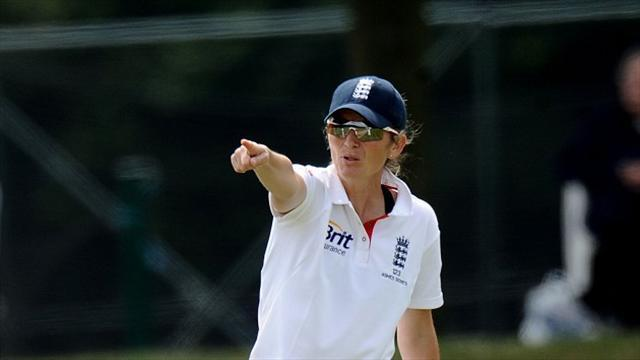Cricket - Cross puts England Women back on track