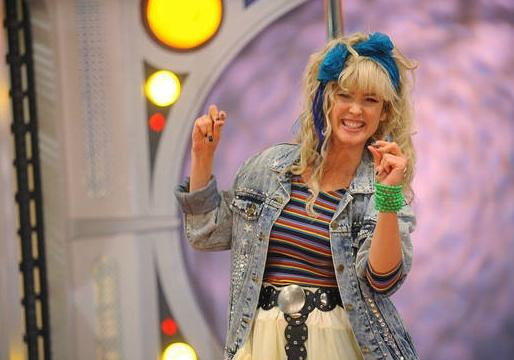 HIMYM Taps James Van Der Beek, Jason Priestley and Canadians Galore for Robin Sparkles' Return!
