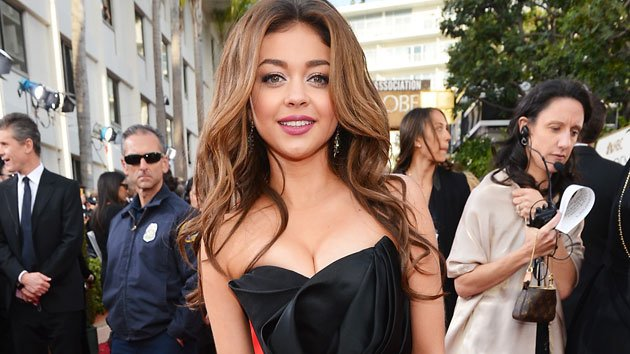 Sarah Hyland arrives at the 2013 Golden Globe Awards
