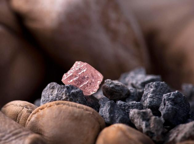 Huge rare pink diamond found in Australia