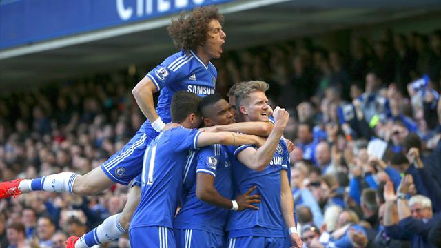 Premier League - Chelsea crush Arsenal on Wenger's special day