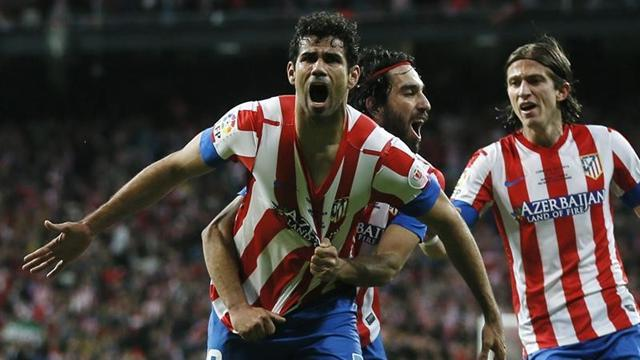 Liga - Atletico claim top spot with Sociedad romp