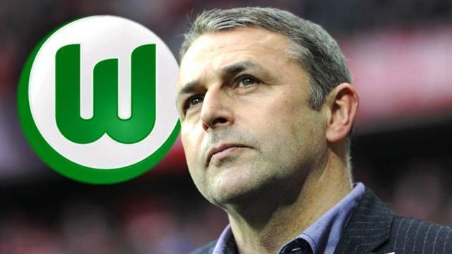 Bundesliga - Allofs leaves Bremen for Wolfsburg