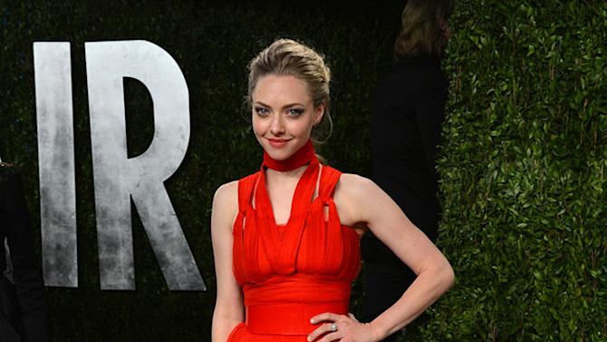 2013 Vanity Fair Oscar Party Hosted By Graydon Carter - Arrivals: Amanda Seyfried