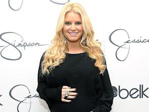 Jessica Simpson Gives Up Fast Food!
