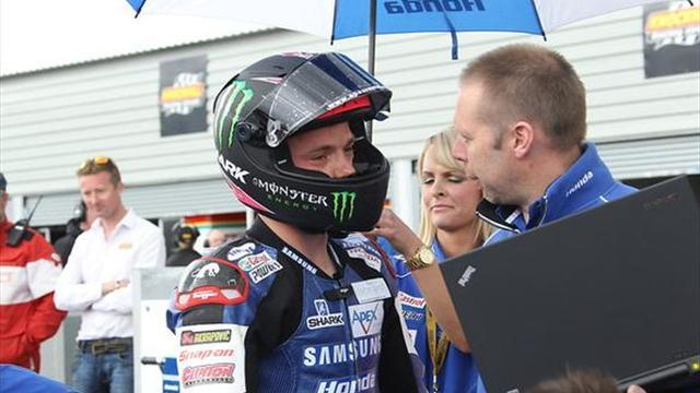 Superbikes - Snetterton BSB: Lowes quickest in opening free practice session