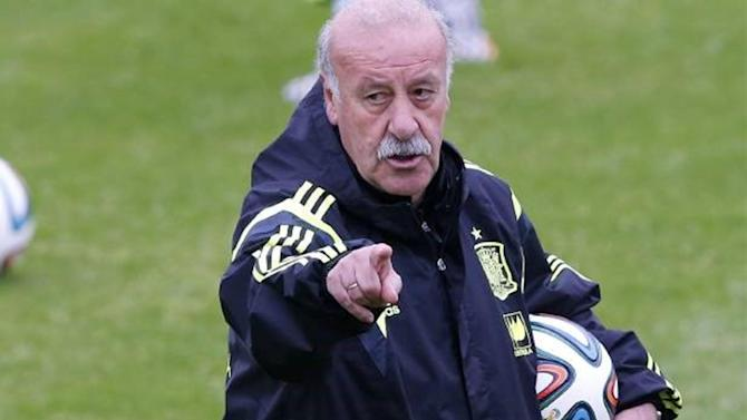 World Cup - Del Bosque: Living in the past will kill us in Brazil