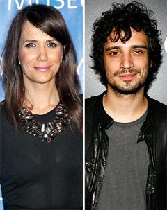 Kristen Wiig Makes Out With Drew Barrymore's Ex Fabrizio Moretti