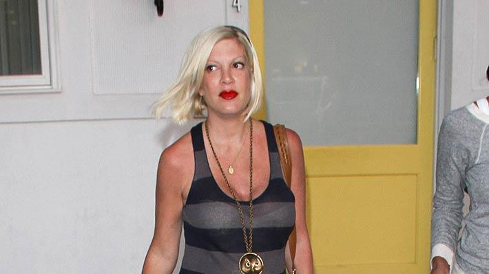 Tori Spelling LeavesH Air Salon