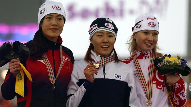 Speed Skating - Lee Sang-Hwa retains world title in Sochi