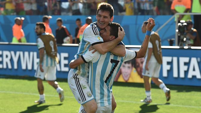 World Cup - Di Maria strikes dramatic late winner as Argentina see off Switzerland