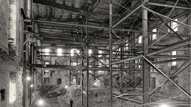 Photos of a White House gut renovation shell circa 1950