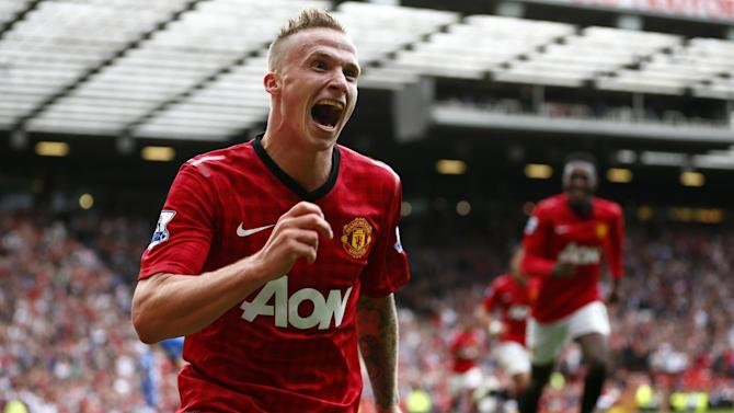 Football - 'Man of the match' Buttner wants to leave United
