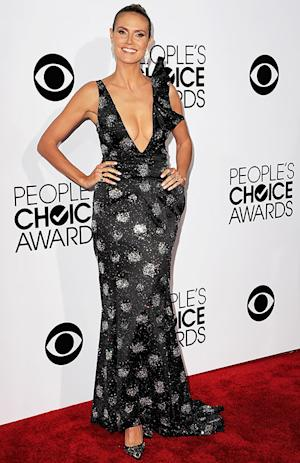 Heidi Klum Shows Major Cleavage in Plunging Gown at 2014 People's Choice Awards: Picture