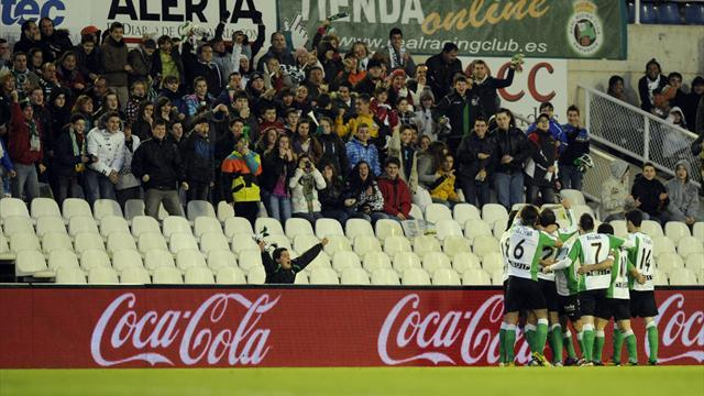 Liga - Racing Santander fans assault club president
