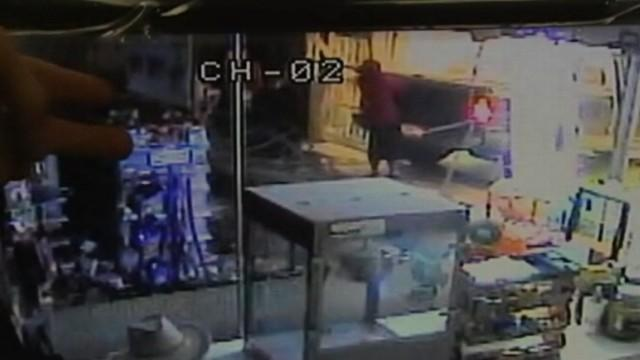 Thieves Caught on Camera Stealing ATM Machine