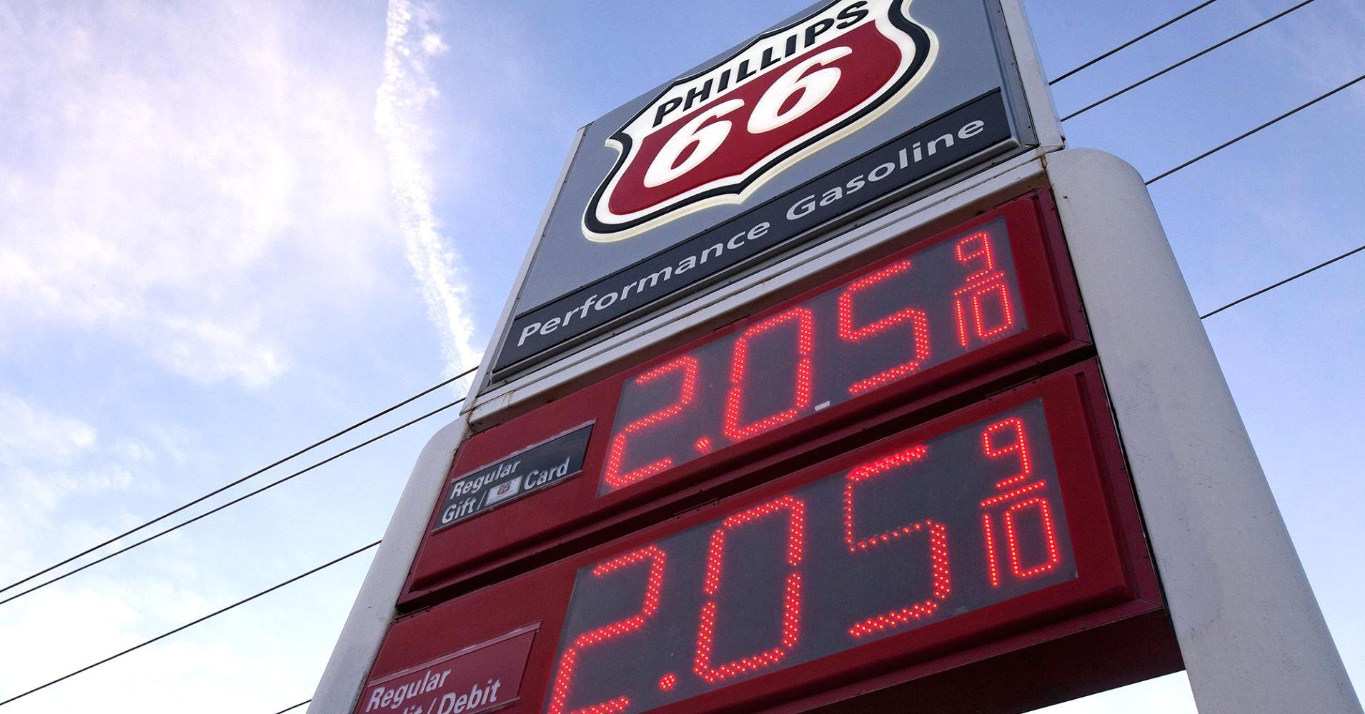 How low gas prices fuel the housing market
