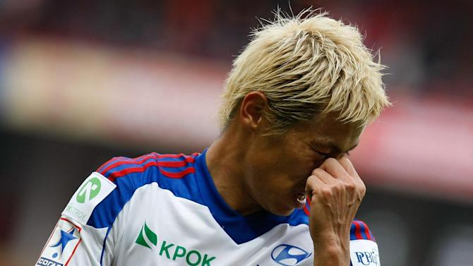CSKA Moscow's Keisuke Honda reacts during a Russian Premier League Championship soccer match between CSKA Moscow and Spartak Moscow at the Lokomotiv stadium in Moscow, Russia, Sunday, Sept. 22, 2013. Spartak won 3-0