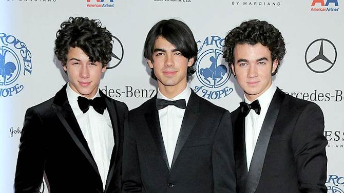 Jonas Nick Joe Kevin Crsl Of Hope