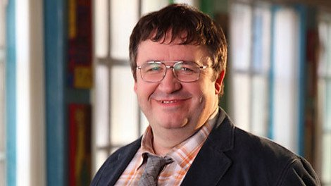 Mark Benton as Daniel Chalky