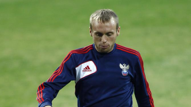 Russia's national team player lushakov attends a training session ahead of their 2014 World Cup qualifying soccer match against Azerbaijan in Baku
