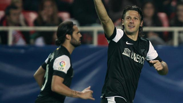 Premier League - Man City sign defender Demichelis from Atletico