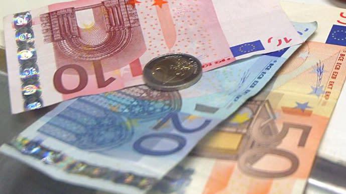 """Allarme Ocse: """"Partiti populisti possono frenare Pil eurozona"""""""