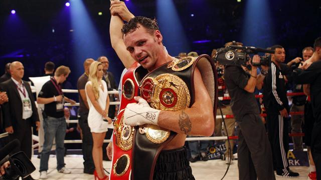 Boxing - Geale steals Sturm's thunder to add WBA title