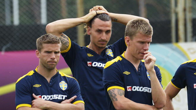 Swedish Midfielder Anders Svensson (L), Forward Zlatan Ibrahimovic And Midfielder Pontus Wernbloom Take Part In A  AFP/Getty Images