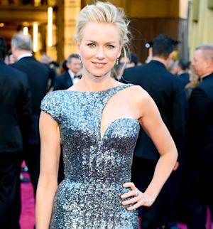 """Naomi Watts Won't Rule Out Plastic Surgery, But Says Some Results Can """"Look Freakish"""""""