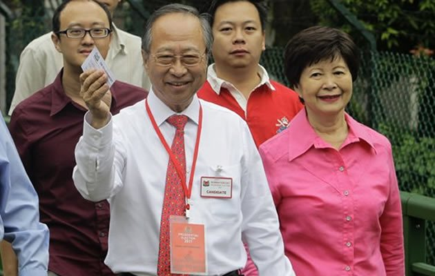 Former presidential candidate Tan Cheng Bock said on Friday that he was uninvited from a Chinese New Year party organised by the People's Association (PA) at the Istana this weekend. (Reuters photo)