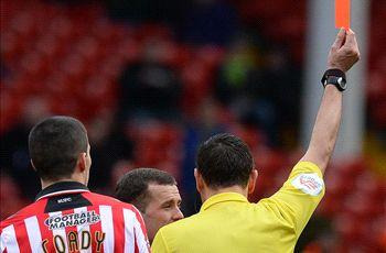 Refereeing display cost us, says Sheffield United boss Clough