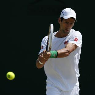 Djokovic stands in way of Murray and history