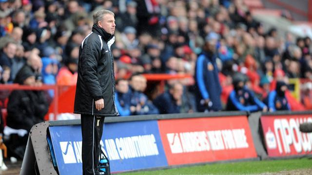 Football - Jackett admits concern