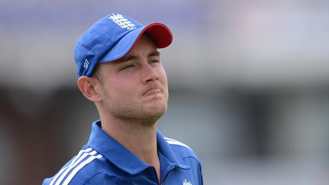 Cricket - Broad rues decision to bowl first