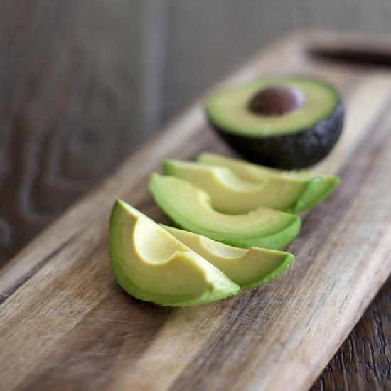 جديد: افضل تسع اطعمة التى تساعد الزوجين فى الرغبة الجنسية  427eb24bc6867132-avocado-preview-jpg_121511