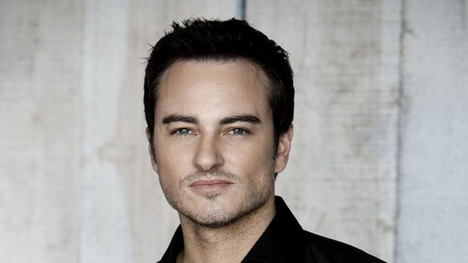 "Kerr Smith stars as Ryan on ""Life Unexpected."""