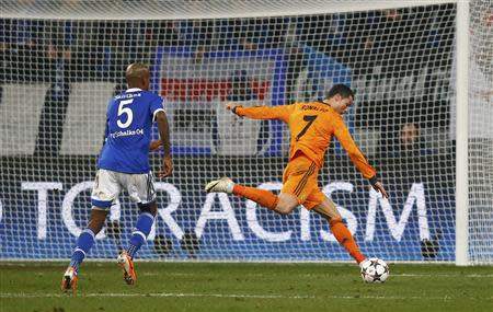 Real Madrid's Ronaldo scores a goal during their Champions League soccer match against Schalke 04 in Gelsenkirchen